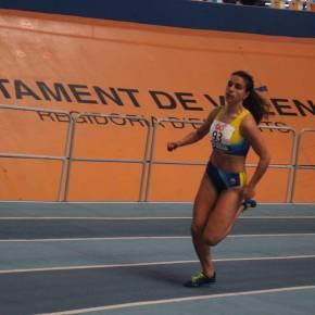 La atleta Marta Vargas culmina su mejor temporada  en PistaCubierta